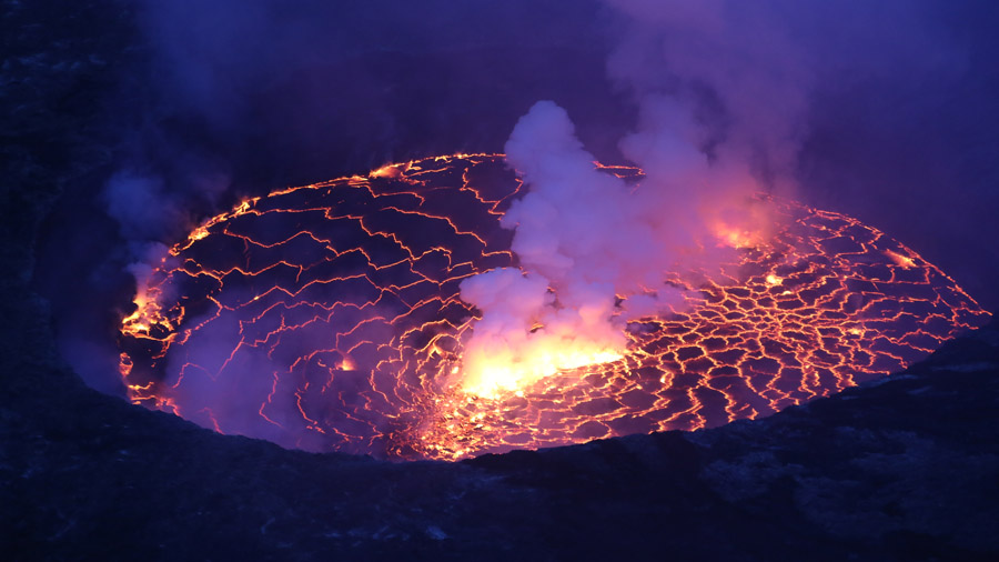 RDC Volcan Nygorongo a l aube