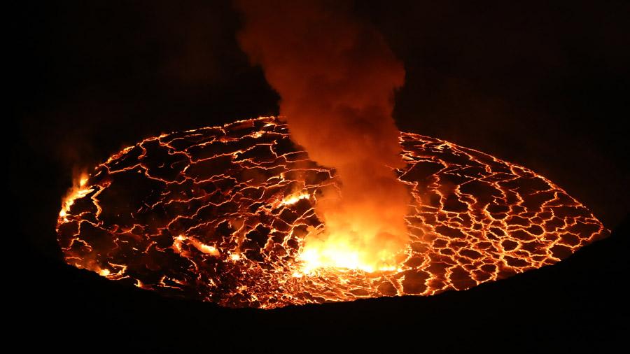 RDC Volcan Nygorongo de nuit