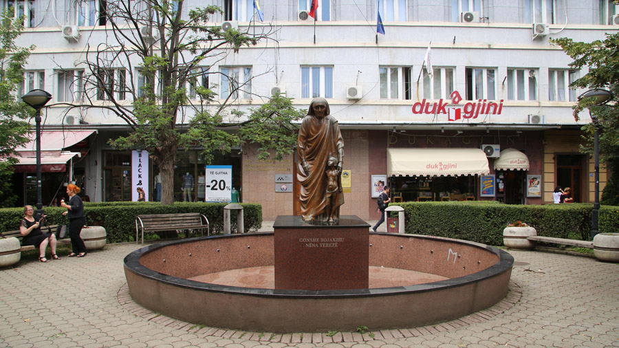 325 Kosovo