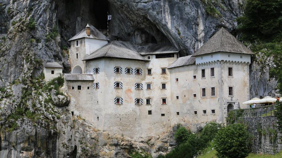 Slovenie Predjama Chateau