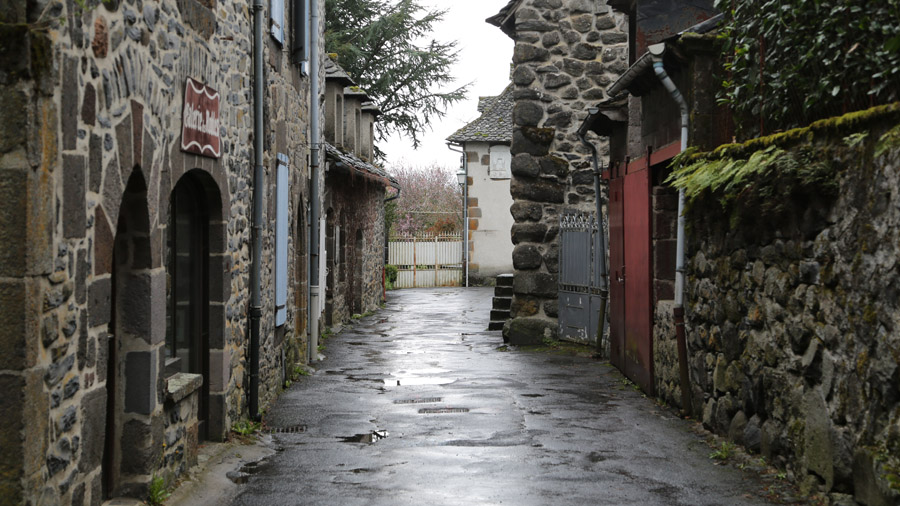 366 France Cantal