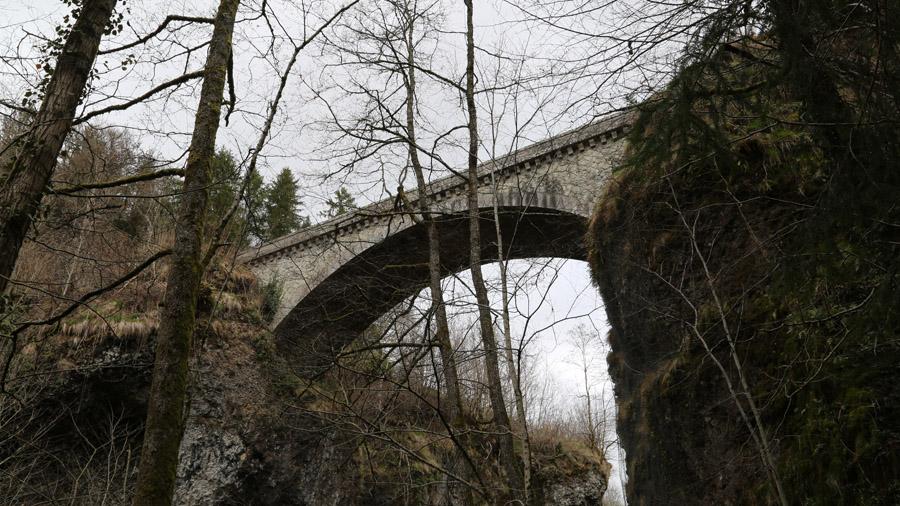 600 France Cantal