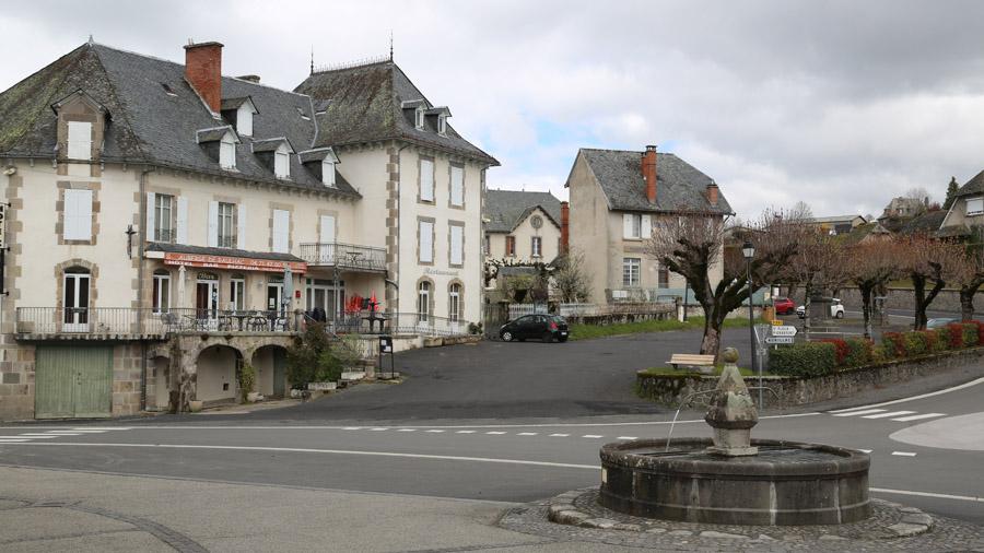 923 France Cantal